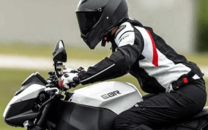 cazadoras de cuer moto
